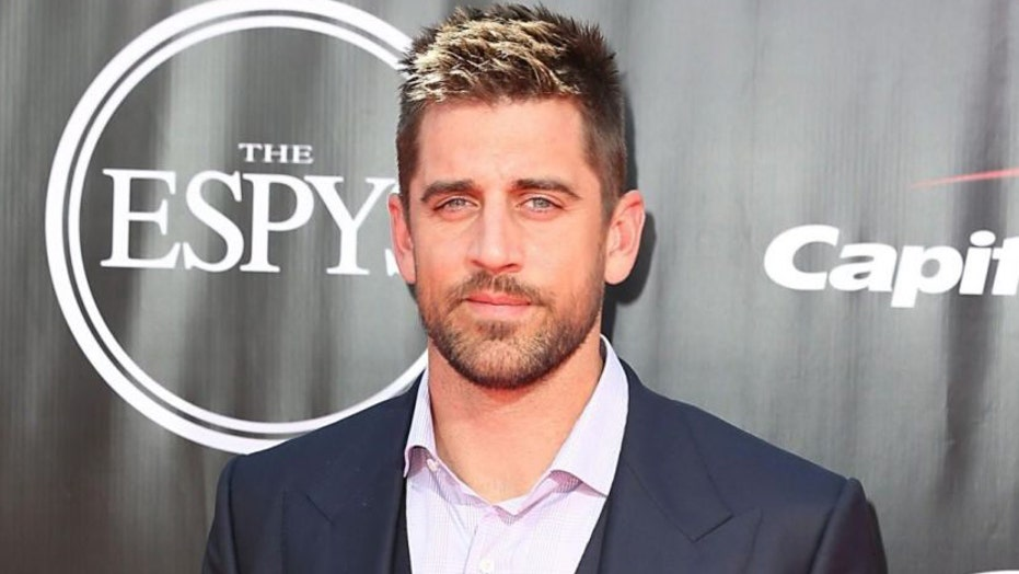 Aaron Rodgers spotted at Kentucky Derby amid Packers drama