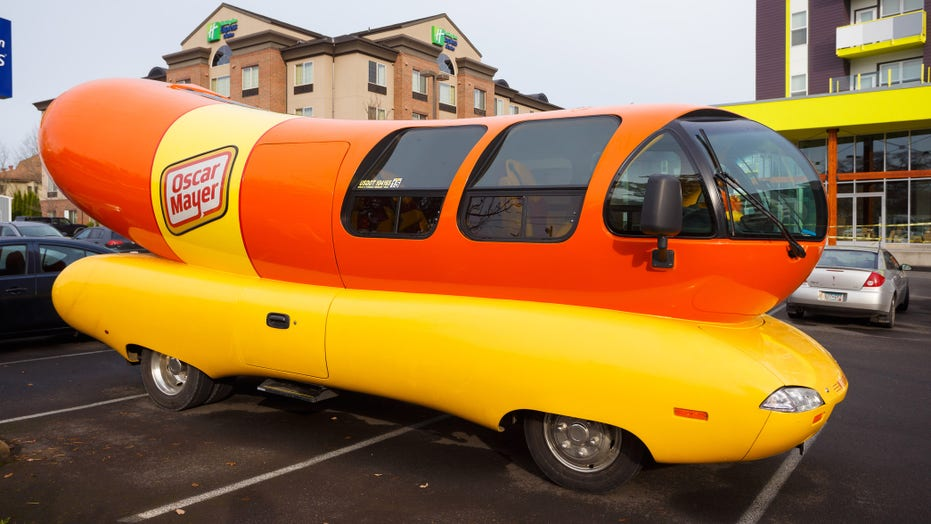 Oscar Mayer says hot dogs are sandwiches