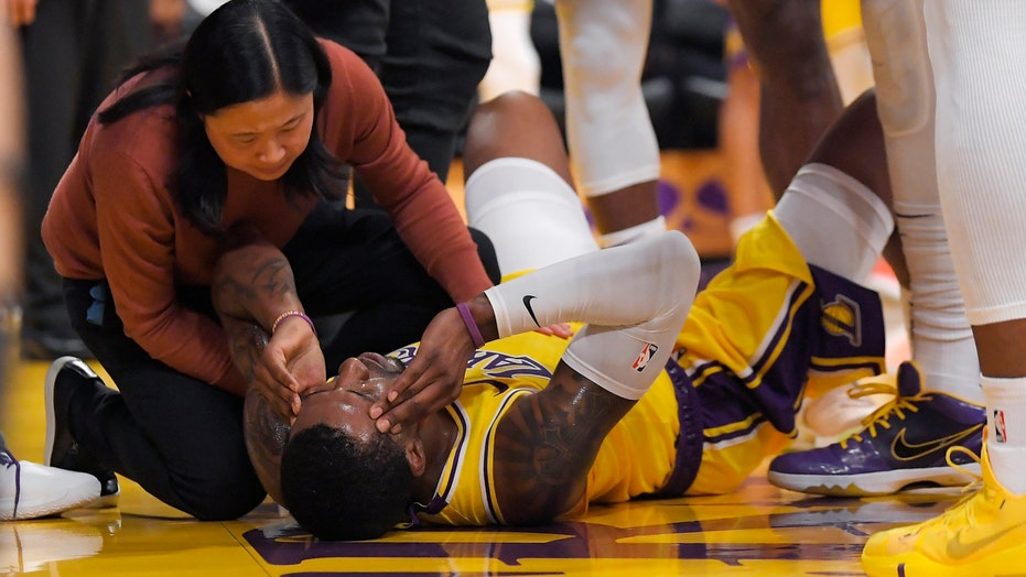 Caldwell-Pope out for Lakers in Game 4; Davis, Paul active