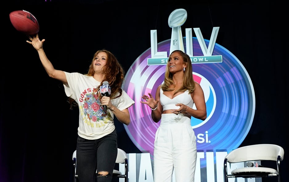 In Pictures Jennifer Lopez And Shakira At Super Bowl Halftime S News Conference Fox News