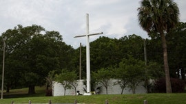 Cross targeted by atheists will remain standing on Florida public property