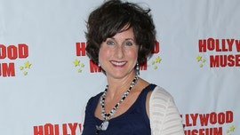 'Happy Days' star Cathy Silvers breaks leg during hike: report