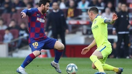 Messi demands calm after chaotic 2 months for Barcelona