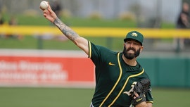 Friendly to Fiers: A's pitcher gets cheers in spring game