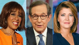 Chris Wallace on CBS moderators failing to control chaotic Dem debate: 'It didn't serve anybody'
