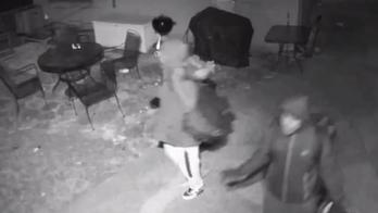 Soldier in Iraq captures crooks burglarizing Illinois home with doorbell camera app