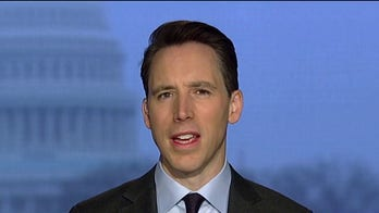 Josh Hawley: Coronavirus outbreak was 'epic failure' by China, but Americans should not panic