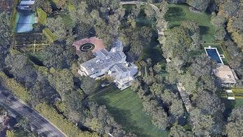 Jeff Bezos splurges, spending $255M on LA properties