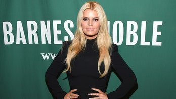 Jessica Simpson reveals she's dyslexic while celebrating her memoir's audiobook