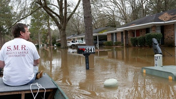 Mississippi Pearl River flooding leaves capital in 'precarious situation' as crest, more rain on the way