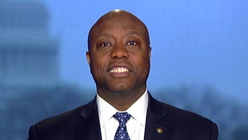 Sen. Tim Scott: Sanders' rivals face a 'make-or-break moment' in South Carolina debate