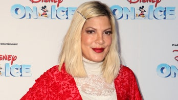 Tori Spelling criticizes Oscars for leaving Luke Perry, father Aaron out of In Memoriam segments