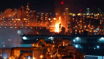 California refinery explosion sparks massive fire, temporarily closes 405 freeway near Los Angeles
