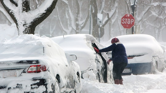 Snow, cold weather to blanket Upper Midwest, creating dangerous travel conditions