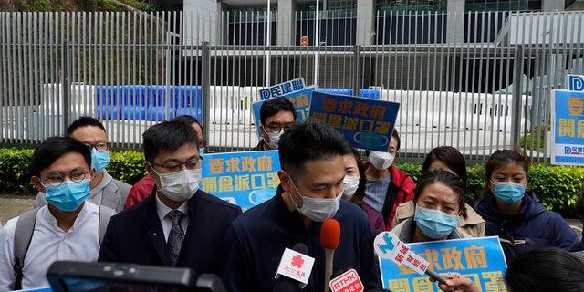 Mothers may pass coronavirus to unborn children, say Chinese doctors