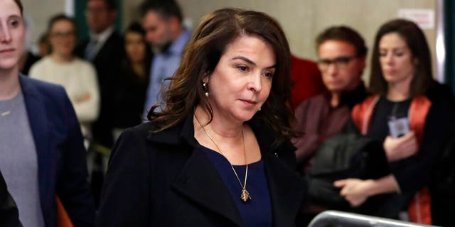 Former 'Sopranos' actress Annabella Sciorra testified against Harvey Weinstein at his trial in New York City