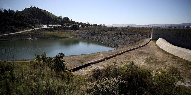 The Santa Clara County Water District is moving forward with plans to drain the Anderson Reservoir due to a high risk to the public in the event of a significant earthquake. The Anderson Reservoir is the largest in Santa Clara County and along sits the Calaveras Fault.