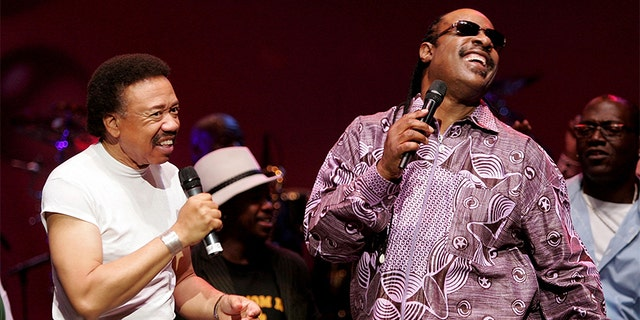 Singers Stevie Wonder (R) and Maurice White of the band Earth, Wind and Fire perform during the inaugural 'Grammy Jam Fest' at the Wiltern Theatre on Dec. 11, 2004, in Los Angeles, California. The event celebrated the music of Earth, Wind and Fire and raised funds for various arts charities.