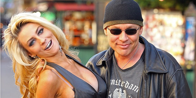 "Doug Hutchison claims he was given ""the green light"" by Courtney Stodden's mother to pursue the blossoming romance."