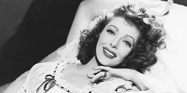 American actress Loretta Young (1913 - 2000), circa 1940.