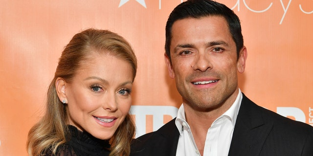 Kelly Ripa (L) and Mark Consuelos attend the 2019 TrevorLIVE New York Gala at Cipriani Wall Street on June 17, 2019 in New York City.