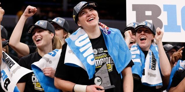 Megan Gustafson và Hawkeyes đã giành được giải thưởng Big Ten năm 2019. (Ảnh của Justin Casterline / Getty Images)