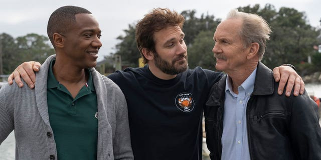 'Council of Dads' -- Pictured: (L-R) J. August Richards as Dr. Oliver Post, Clive Standen as Anthony Lavelle, Michael O'Neill as Larry Mills