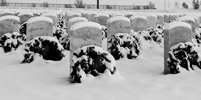 Westlake Legal Group Pikes-Peak-Cemetery-Support-Committee-at-Pikes-Peak-National-Cemetery Colorado Air Force veteran's funeral draws hundreds of strangers in snowstorm Robert Gearty fox-news/us/us-regions/west/colorado fox-news/us/military/veterans fox news fnc/us fnc ff92261f-adb1-53c3-b01c-188bb4805e62 article