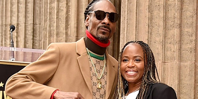 Snoop Dogg and his wife Shante Broadus have been married since 1997.