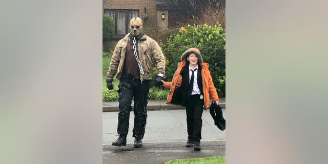 "Sam Murphy recently surprised his son Carter with an extra special birthday present- being picked up from school by legendary villain and serial slasher Jason Voorhees from the ""Friday the 13th"" horror film franchise."