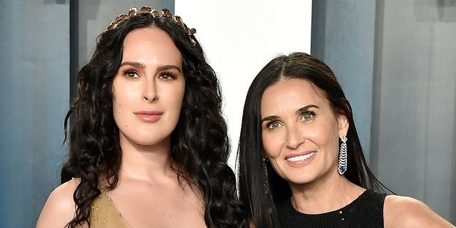 Rumer Willis and Demi Moore attend the 2020 Vanity Fair Oscar Party hosted by Radhika Jones.