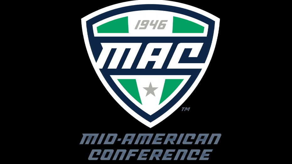 Mid-American Conference college independents group five
