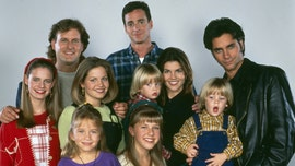 'Full House' cast recreates iconic intro devoted to coronavirus: 'Full Quarantine'