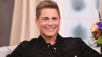 Rob Lowe celebrates 31 years of sobriety: 'I want to give thanks'