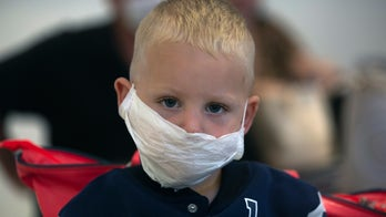 Americans, foreigners desperately try to leave South Africa ahead of coronavirus lockdown