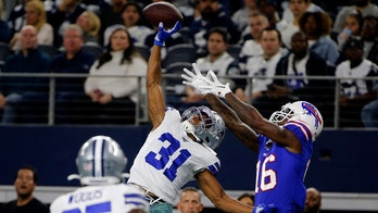 Dolphins sign 4 likely starters, including CB Byron Jones