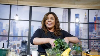 Celebrity chefs offer quarantine-friendly cooking tips, recipes during coronavirus outbreak