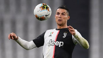 Cristiano Ronaldo, teammates agree to pay cuts amid Italy's coronavirus outbreak to help Juventus