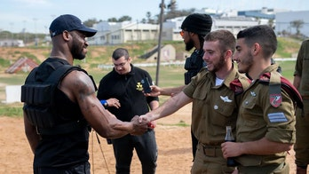 NFL players travel to Middle East, train with Israeli Defense Forces