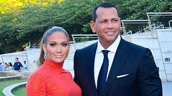 Jennifer Lopez, Alex Rodriguez slammed for Thanksgiving post from private jet: 'We get it. You're rich'
