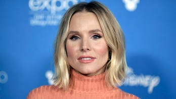 Kristen Bell goes makeup-free, says she's already 'exhausted' with school: 'It's only day 2'