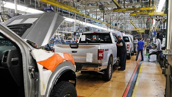 Ford, GM, Chrysler suspend production at all US, North American plants