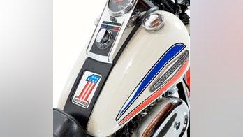 Still No. 1? Harley-Davidson Road Glide resurrects iconic logo