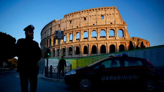 Tourist returns stolen Roman ruins, apologizes for being 'American a--hole'