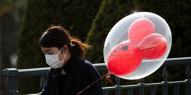 Disneyland shutting down California parks amid coronavirus outbreak