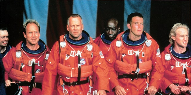 Bruce Willis wore his iconic 'Armegeddon' costume in a photo shared by his daughter, Rumer.