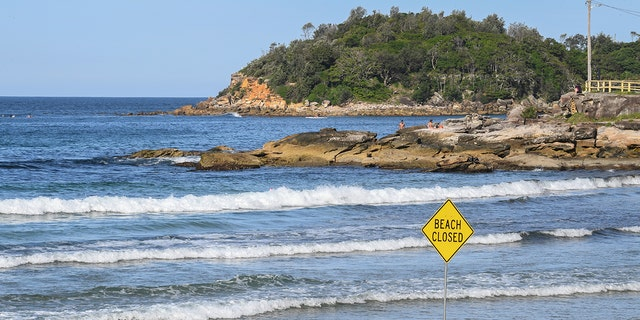 SYDNEY, AUSTRALIA - MARCH 22: A beach closed sign on Manly Beach on March 22, 2020 in Sydney, Australia. (Photo by James D. Morgan/Getty Images)
