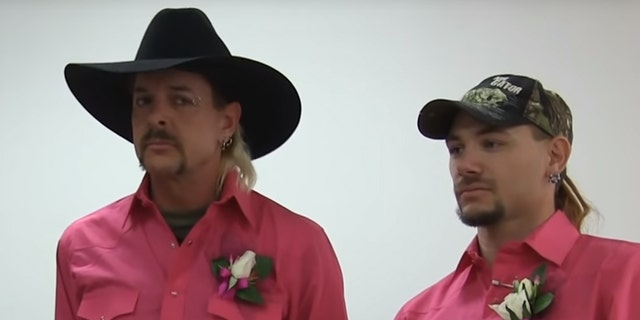 Joe Exotic (L) and John Finlay (R)