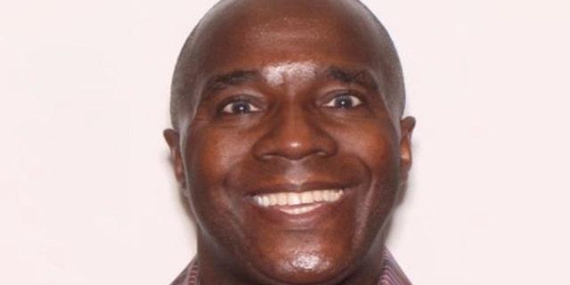 Darrell Lewis Gilyard, de 58 años, fotografiado el 23 de febrero de 2020 en el volante del depredador / delincuente sexual del Departamento Legal de Florida.