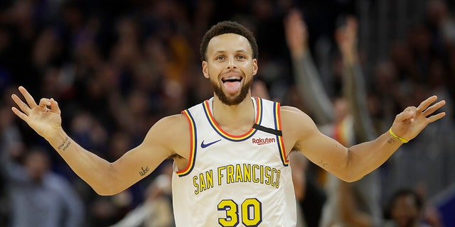 Westlake Legal Group STEPHCURRY-cropped-129am Curry scores 23 in return, Warriors fall to playoff-bound Raptors fox-news/world/world-regions/canada fox-news/us/us-regions/west/california fox-news/us fox-news/travel/vacation-destinations/san-francisco fox-news/sports/nba/toronto-raptors fox-news/sports/nba/golden-state-warriors fox-news/sports/nba fox-news/sports fnc/sports fnc da3bf5e7-57fe-5b29-a48b-519d416f5120 Associated Press article
